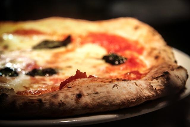 Siamo nel forno pizza close up
