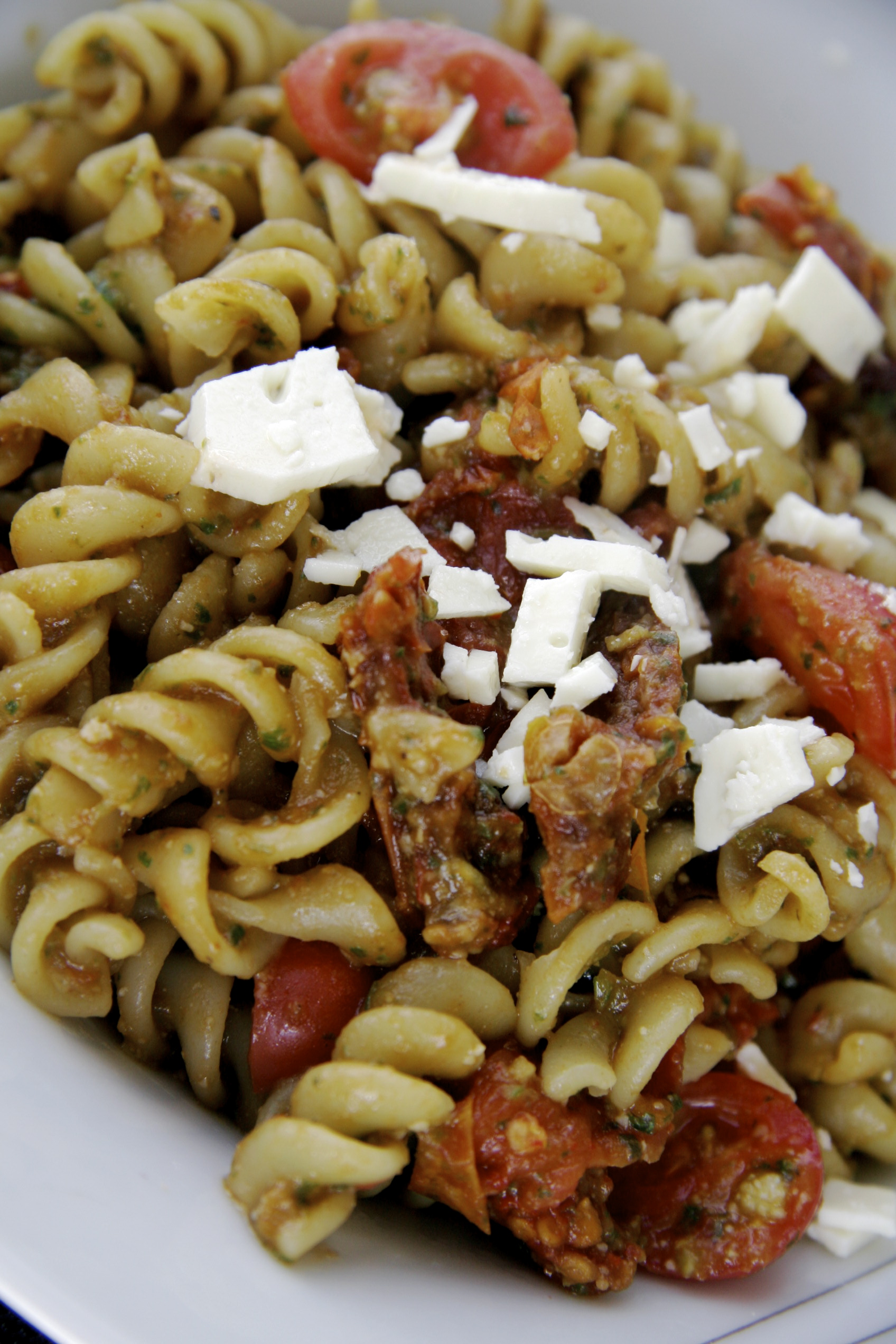 Pesto Pasta with Sun Dried Tomato and Feta – Pick Up The Fork